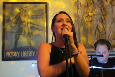 IMG_5774 jodi bluestein sings Memories