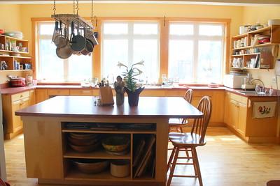 IMG_3099 common house kitchen