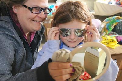 IMG_3509 tori pecor of hartland and daughter cloey,8, with sunglasses