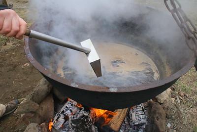 IMG_2378 making really dark syrup