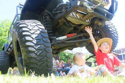 IMG_5088 Ava, 18 months, and Kash,6, Holmes, of ascutney,,in front of 1997 jeep wrangler, owned by leanna lyman