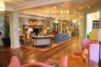 IMG_7023 lobby new entrance at right
