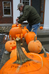 IMG_3227 jim waterall lights pumpkins on steps of Reading Public Library