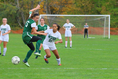 #31 Olivia marsicovetere on attack