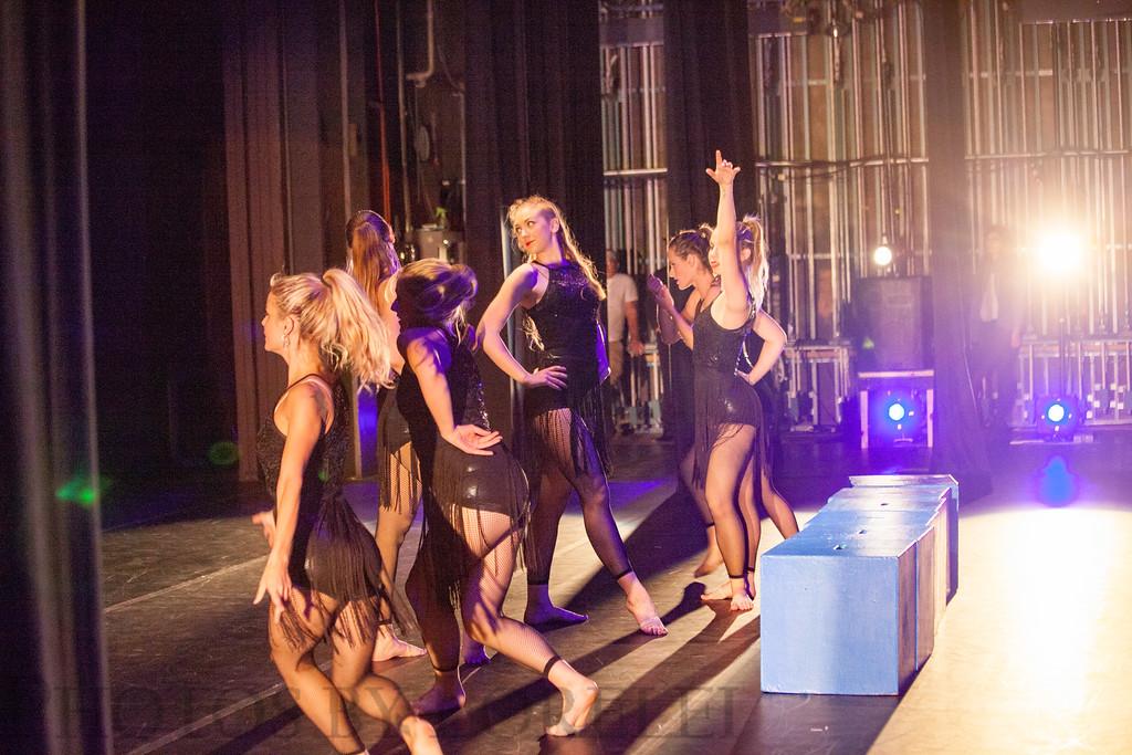 COM Fall 2015 dance concert-185