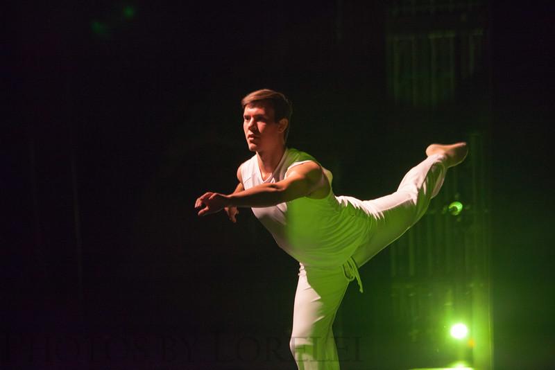 COM Fall 2015 dance concert-230