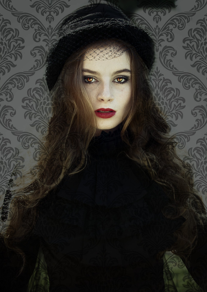 Ashley-Baker-Gothic-122_pp