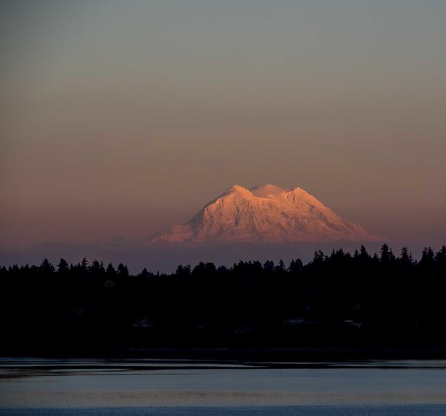 150 Sunset on Mt Rainier