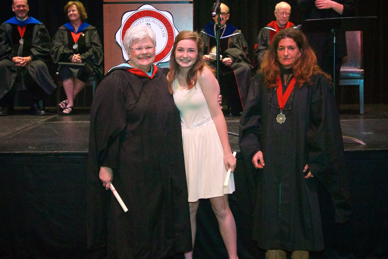DR. BONNER'S PRESIDENTIAL PURCHASE AWARDS IN THE ARTS Best In Show: Ruthanne Elyse Lievsay.