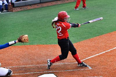 Amanda Gomes up at bat