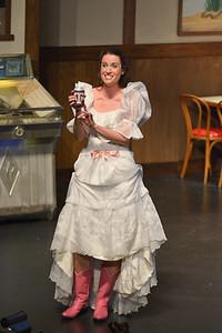 Flodalucy in her wedding gown