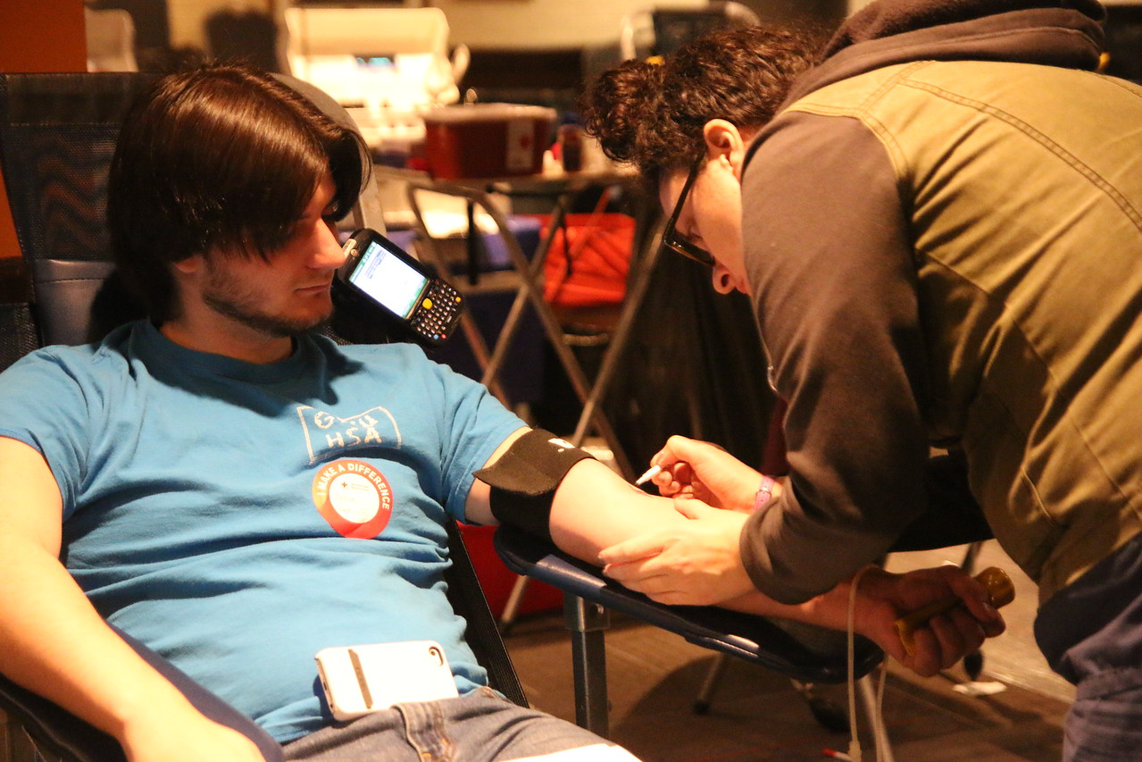 A GWU sophomore donating blood.