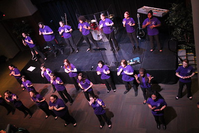 Gardner-Webb's Joyful Hand's Sign Language Choir started off day two of the annual celebration week.