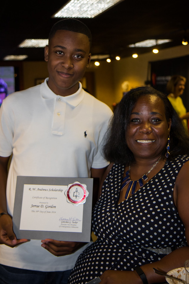 Jerrae Gordon accepts the RW Andrews Scholarship award for Fall 2016 Admission.