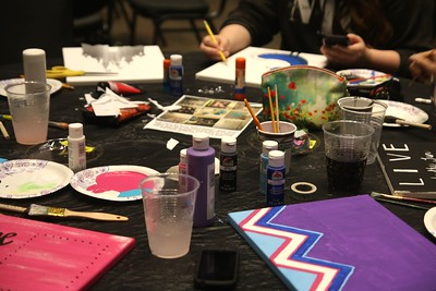 On Thursday night, March 31st, from 7-9, students came out and participated in Pinterest Night hosted by Student Activities.