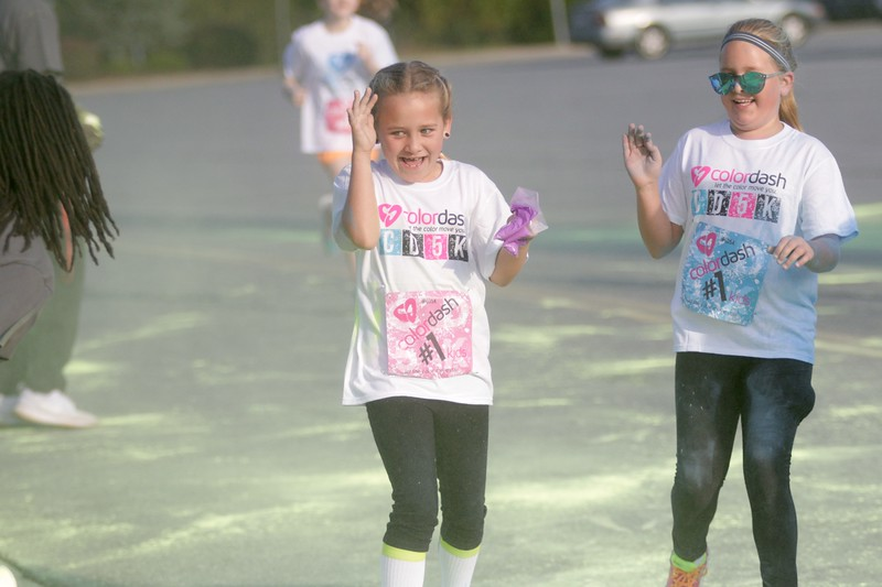 On Saturday morning, students, staff, faculty, and people from the community came out to participate in the annual Color Dash hosted by Gardner-Webb on Homecoming weekend.