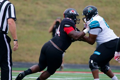 On Saturday at 1:30pm, Gardner-Webb played Coastal Carolina losing 7-17 in their Homecoming game.