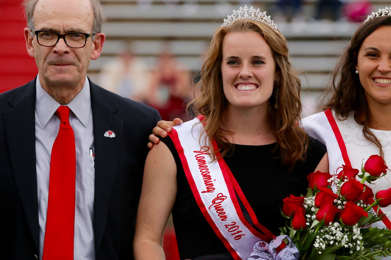 Jesse-Anne Rogers won 2016 Gardner-Webb Homecoming Queen.