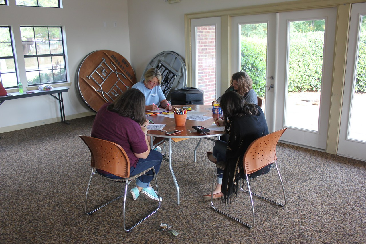 "Students and Faculty destress during ""Art Expressions"""