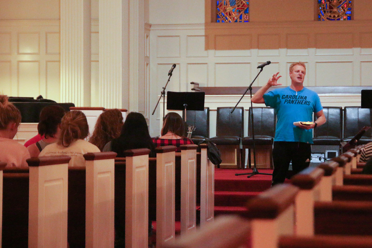 """GWU Alumnus Matt Walton led the students and faculty at the CMU Retreat on Friday and Saturday in 2 messages on Servanthood. Friday night's topic was """"Servant Leadership"""" and Saturday mornings session was on """"Imitating Christ's Humility."""""""