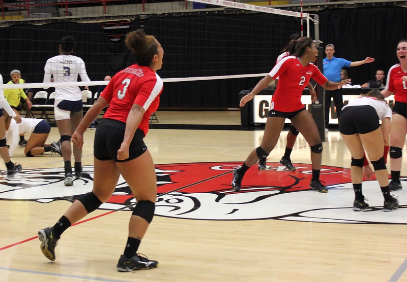 Taylor Lillard (3) celebrating her kill
