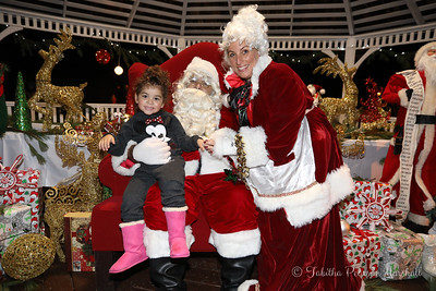 2016 Pictures with Santa at Chamber Park