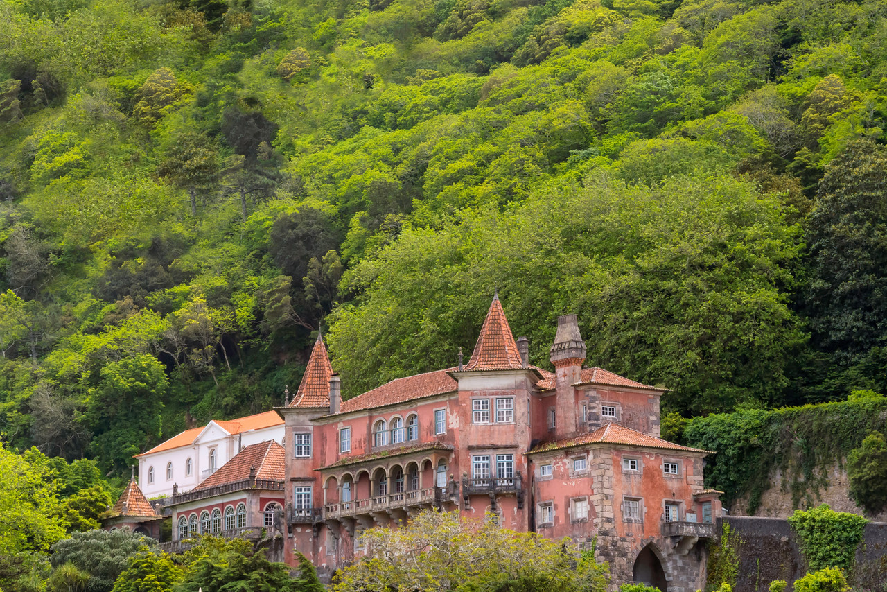 Historic town palaces, Sintra