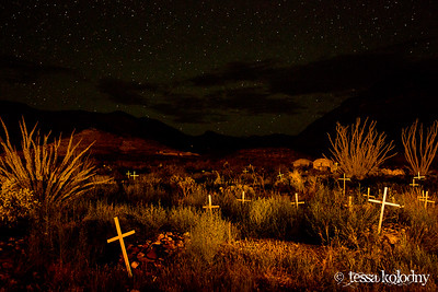 Shafter Cemetery-5625