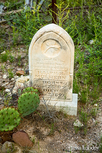 Shafter Cemetery-5575