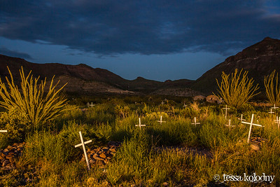 Shafter Cemetery-5617
