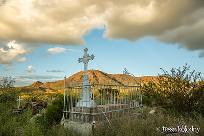 Shafter Cemetery-5583
