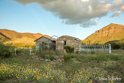 Shafter Cemetery-5585