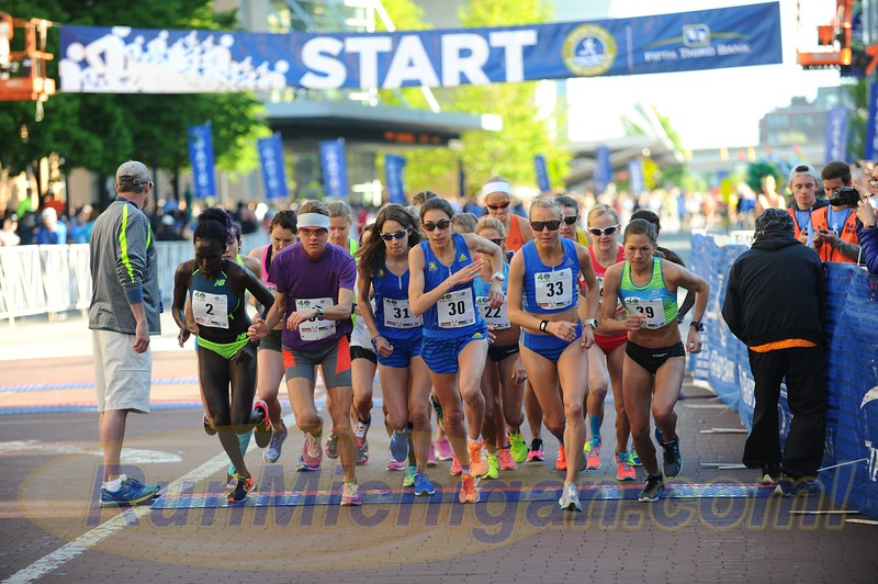 2017 Fifth Third River Bank Run Highlights - Grand Rapids, Michigan