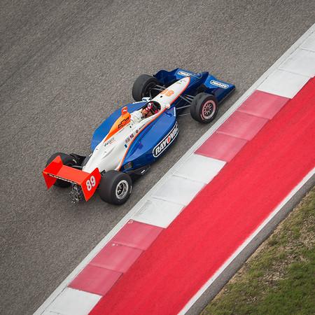 group9-2002-Dallara-Indy