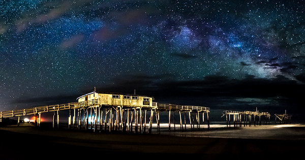 08,DA077,DT,Milky Way at the Pier cape patters north carolina