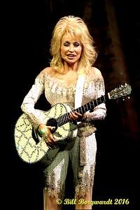 Dolly Parton 2016 097