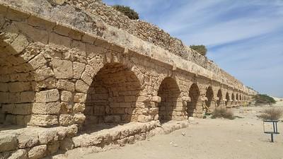 10-roman-aqueduct