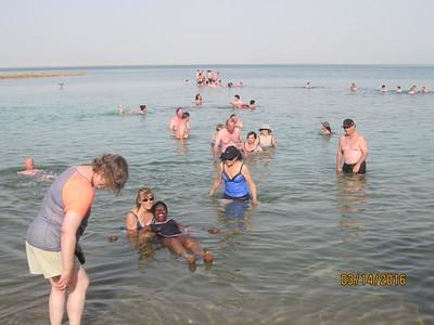 dead sea floaters6