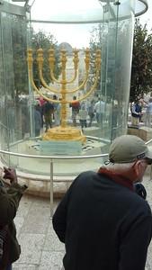jerusalem golden candlestick