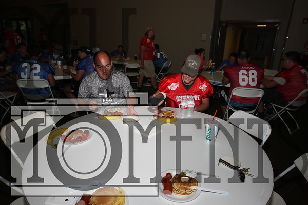 2016 Victory Bowl Pancake Eating