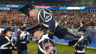 Members of the Virginia Tech Corps of Cadets perform pushups following the final touchdown. (Michael Shroyer/ TheKeyPlay.com)