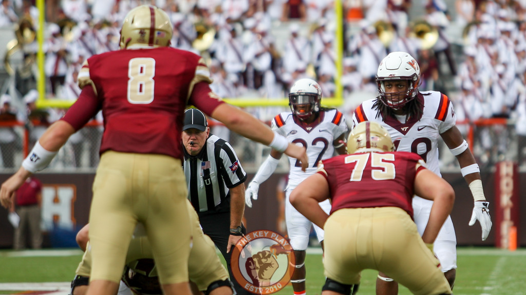 LB Tremaine Edmunds (49) watches Boston College QB Patrick Towles (8) before the snap. (Mark Umansky/TheKeyPlay.com)