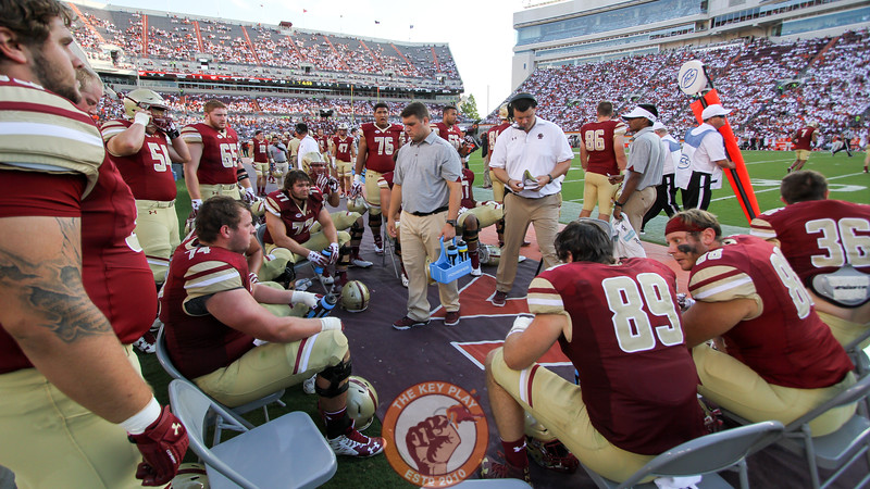 Boston College's offensive line unit meets on their sideline after another three and out performance. (Mark Umansky/TheKeyPlay.com)