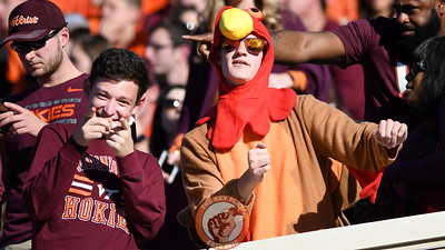 Virginia Tech Hokies fans celebrate the early lead. (Michael Shroyer/TheKeyPlay.com)