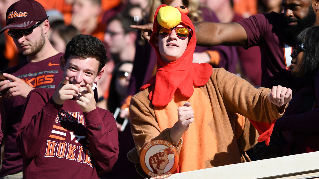 Virginia Tech Hokies fans celebrate the early lead. (Michael Shroyer/TheKeyPlay.com)