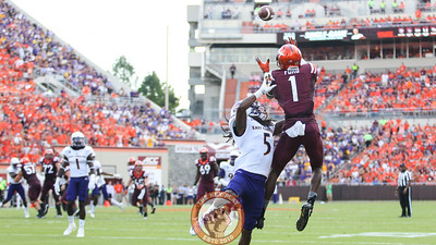 WR Isaiah Ford (1) outleaps his opponent for another Virginia Tech touchdown. (Mark Umansky/TheKeyPlay.com)