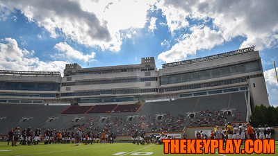 More fans than a UVA spring game showed up to watch an open segment of practice. (Michael Shroyer/ TheKeyPlay.com)