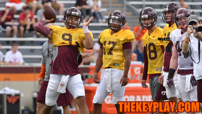 Quarterback Brenden Motley (9) throws during practice. (Michael Shroyer/ TheKeyPlay.com)