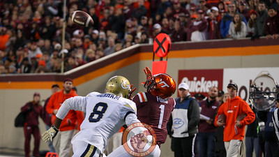 Virginia Tech WR Isaiah Ford (1) reaches up to catch a touchdown pass in the third quarter. (Mark Umansky/TheKeyPlay.com)