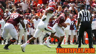 QB Jerod Evans (4) keeps the ball on a scramble for a long gain in the second quarter. (Mark Umansky/TheKeyPlay.com)